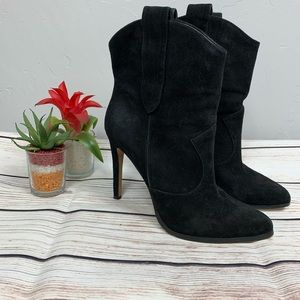 ALDO Black Suede Boot Heel Size 7.5